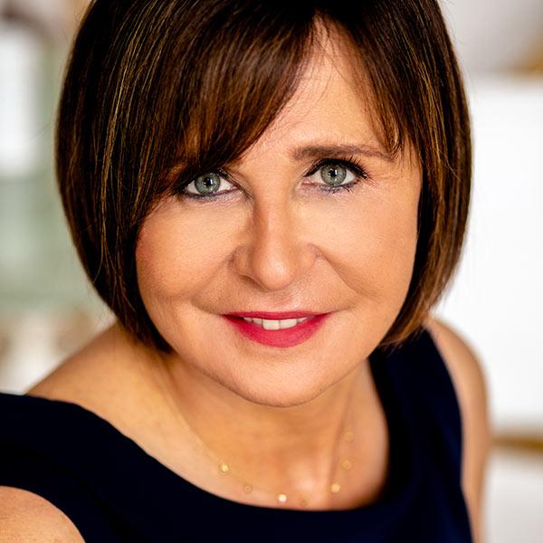 Über uns: Gabriella Laszinger, Kursleiterin in der Visionären Erfolgs-Akademie